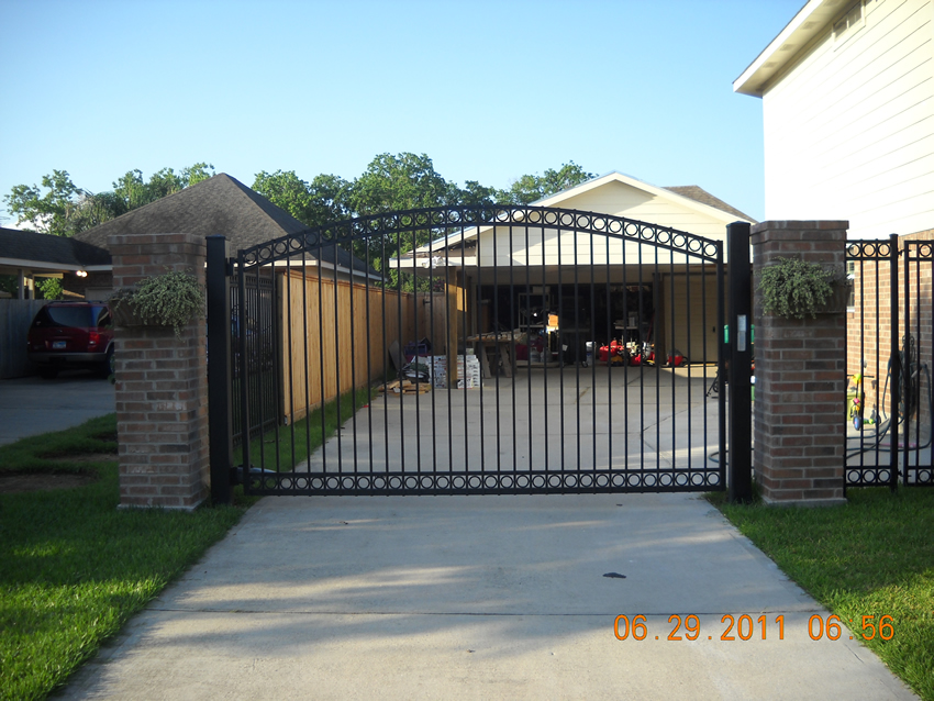 C Arch Gate With Double Circles Cactus Fence A Houston