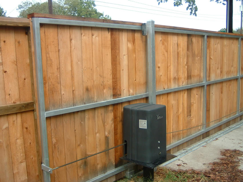 Slide Gate With Eagle Operator Cactus Fence A Houston