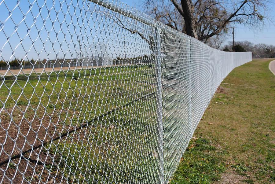 также виды заборной сетки фото того, как